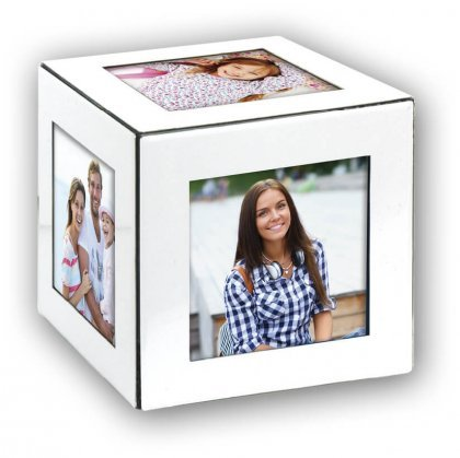 white-cube-8147